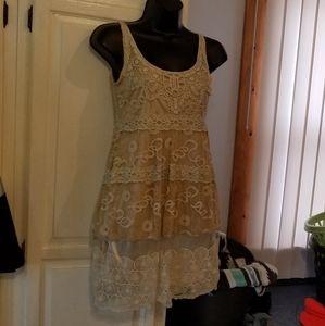 Banana USA lace dress